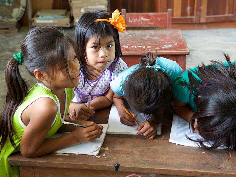 Outreach_in_the_Amazon_16